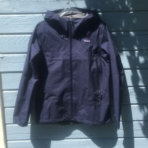 NWOT! Patagonia Cloud Ridge Rain Jacket